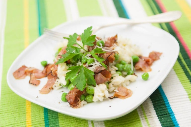 Risotto with ham and peas.