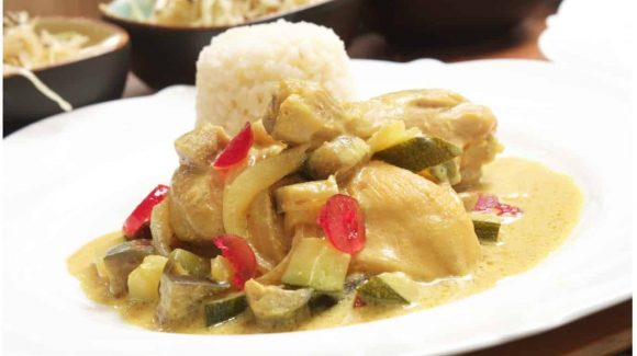 Uploaded toFast Dish: Chicken Curry in 15 Minutes