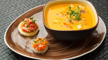 Gazpacho is a great cold soup for summer, grilling and barbecue and a menu dinner for friends