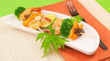 prawn skewers with vegetable ideal party food and finger food for your dinner party