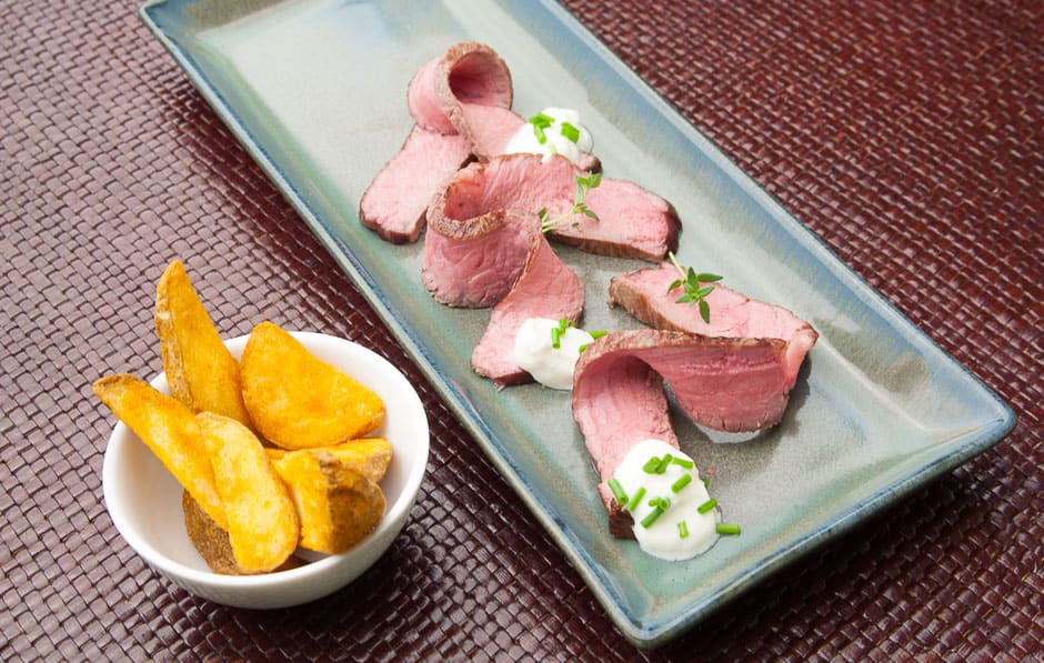 Roastbeef Preparing it yourself Recipe Step-by-step instructions with professional chef tips