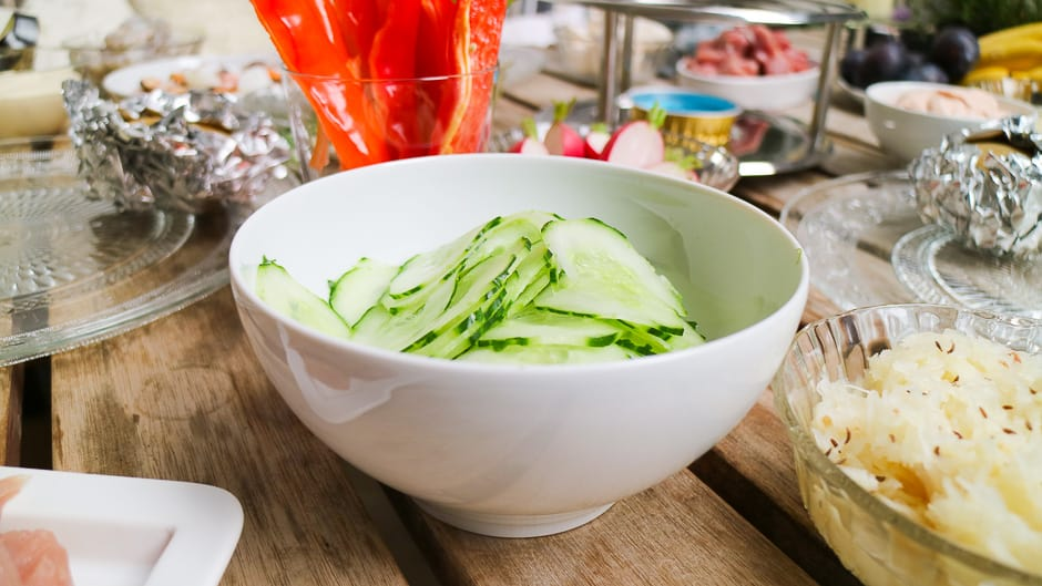 Side dishes ideas for the fondue, picture cucumber salad