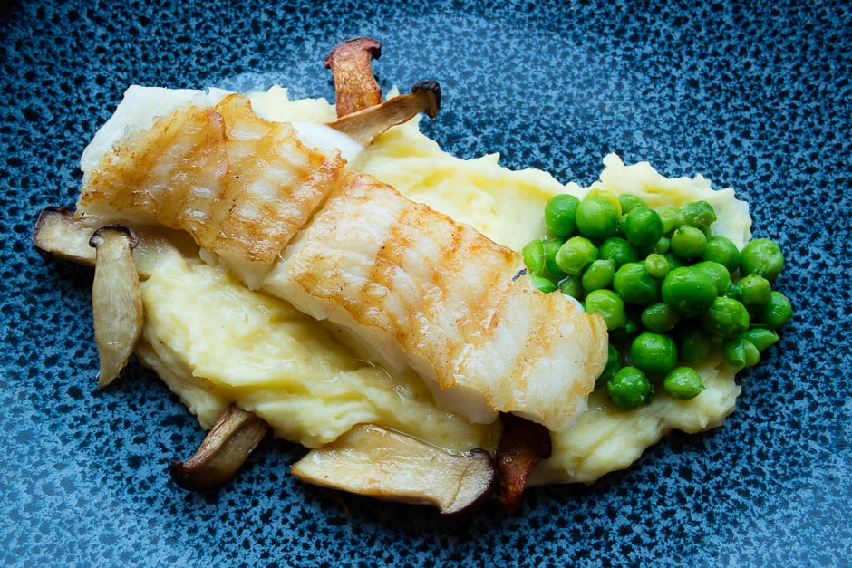 Halibut cooking recipe picture with mashed potatoes, peas and mushrooms