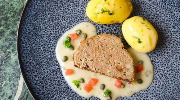 Meat loaf without stuffing with caper sauce and potatoes recipe picture to post.