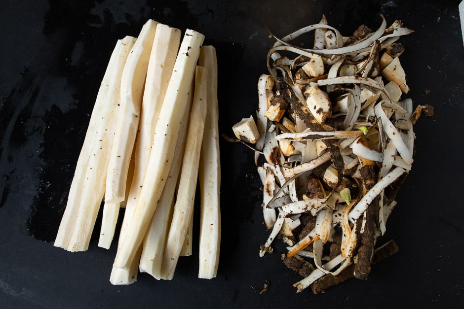 Salsify peeled with husks