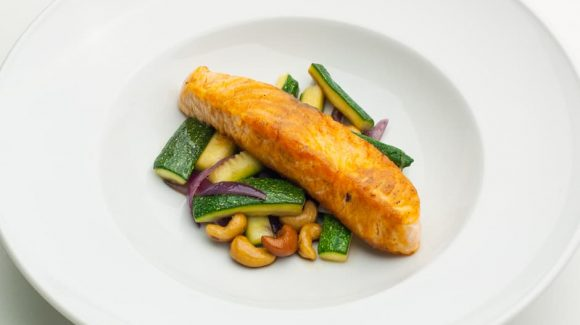 Salmon with zucchini vegetables low carb