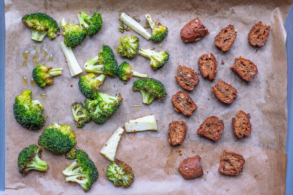 Broccoli and bread cubes fried