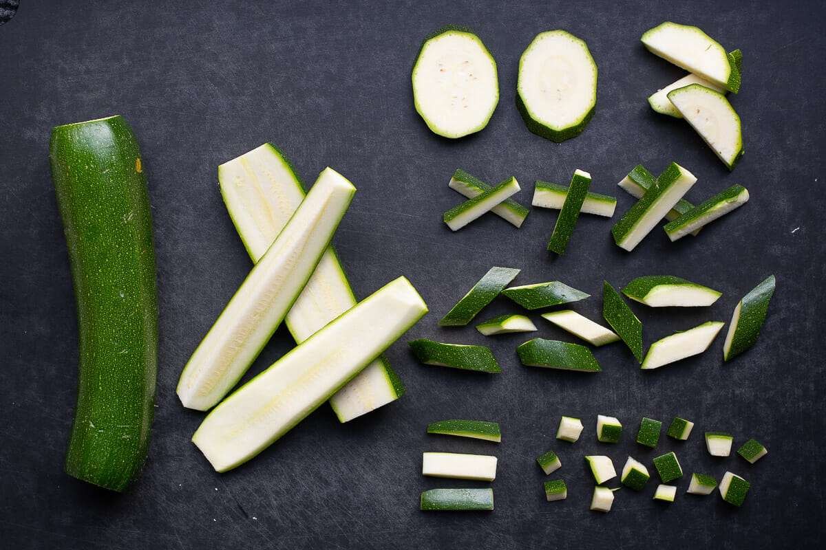 Cut types of courgette vegetables