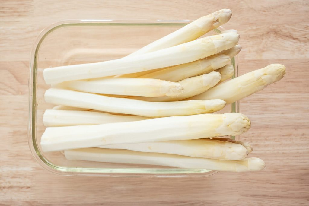 Asparagus peel cover picture