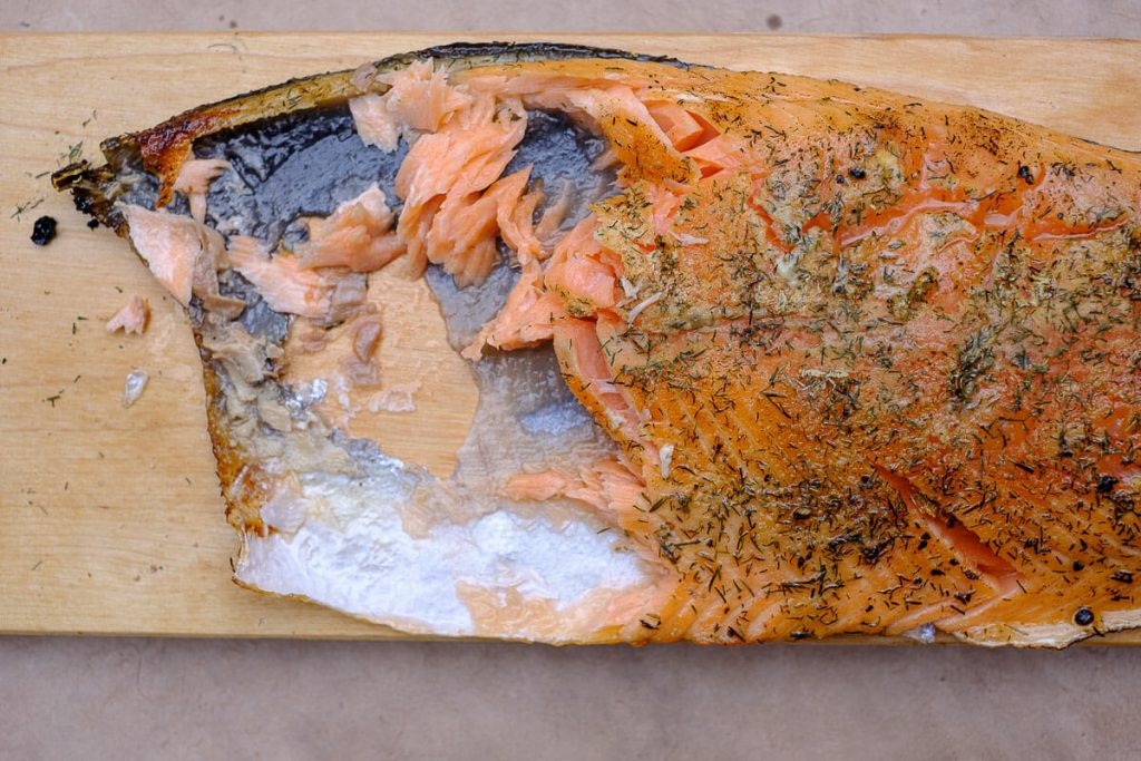 Serve the flamed salmon