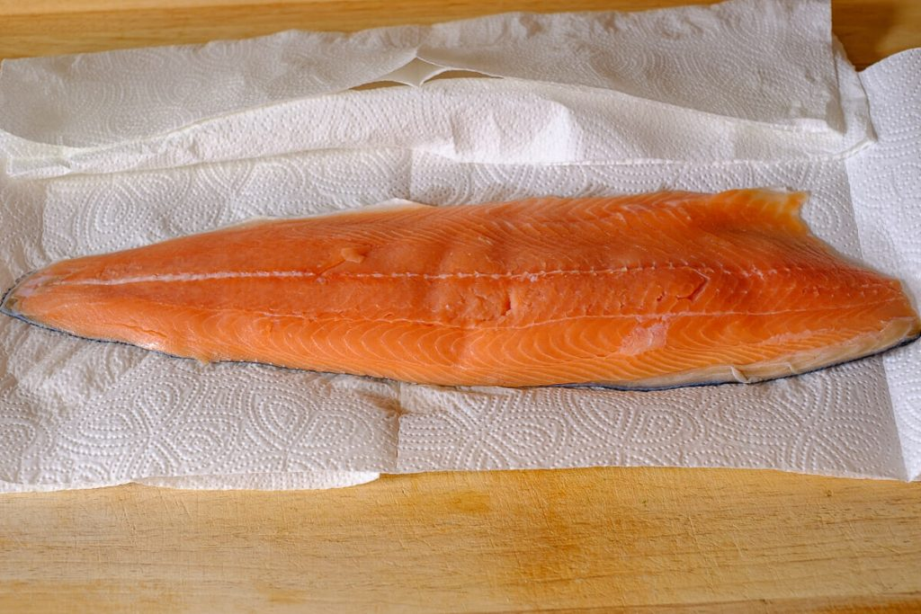Packed salmon fillet