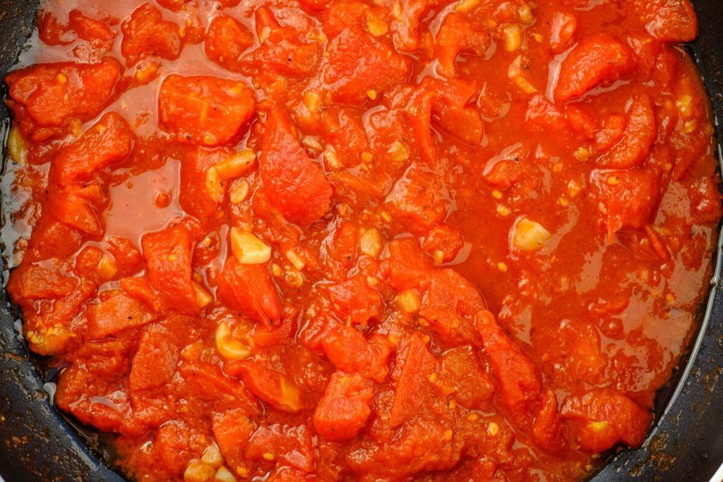Tomato sauce in the pan