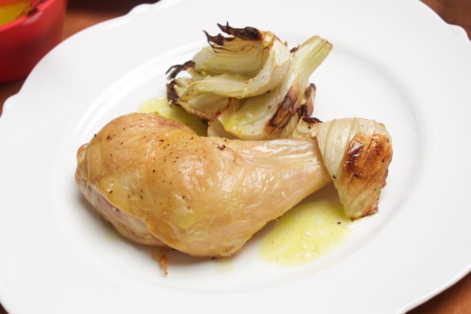 Hähnchenschenkel im Backofen, Rezept mit Video für einfache Zubereitung