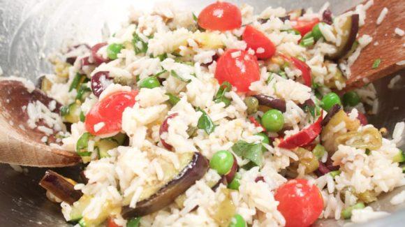 Reissalat italienisch mit Tomaten und Kräuter, Kochrezept und Bild (C) Thomas Sixt