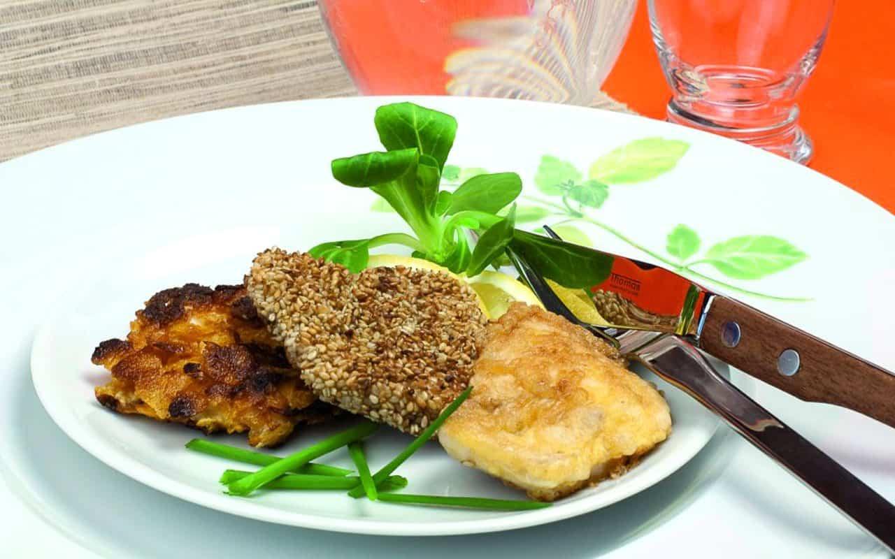 Putenschnitzel mit Sesam, Putenschnitzel als Pariser Schnitzel und Putenschnitzel mit Cornflakes.