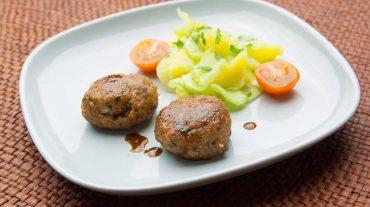 Fleischpflanzerl, eine spezialität aus Bayern