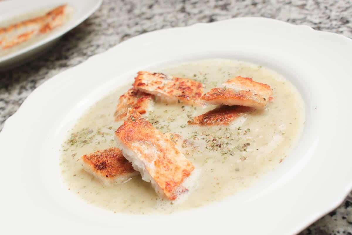 Kartoffelsuppe mit Fisch