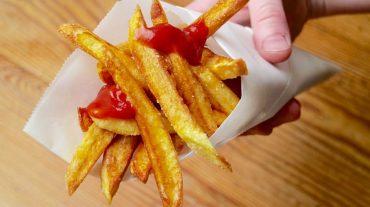 pommes frites selber machen - in der tüte serviert