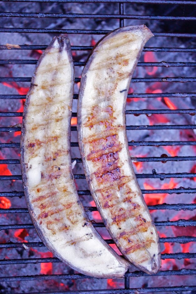 Grilled banana on the hot grill, WOW this is a great dessert!