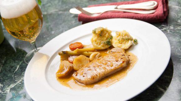 Schweinebraten schnell zubereiten im Topf oder in der Pfanne Rezept Bild von Foodfotograf ©thomas sixt