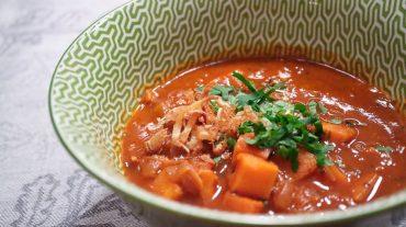 Rezept Bild Süßkartoffel Gulasch vegan