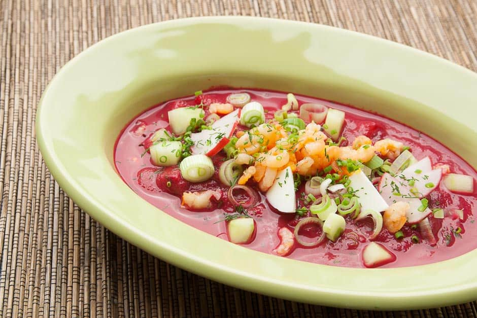 The well-known Bortsch is a beetroot soup from Eastern Europe, traditionally prepared in Russia and Ukraine.