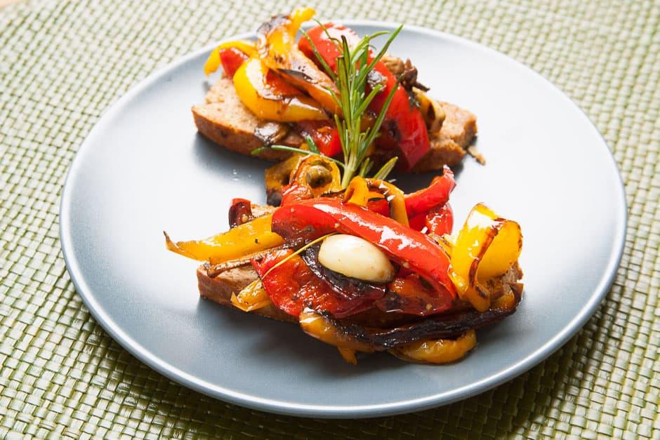Mediterranes Gemüse Antipasti als Beilage und vegetarisches Fingerfood