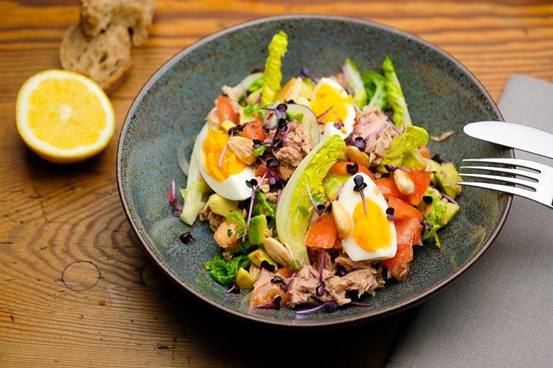 Thunfischsalat einfach und lecker zubereiten.