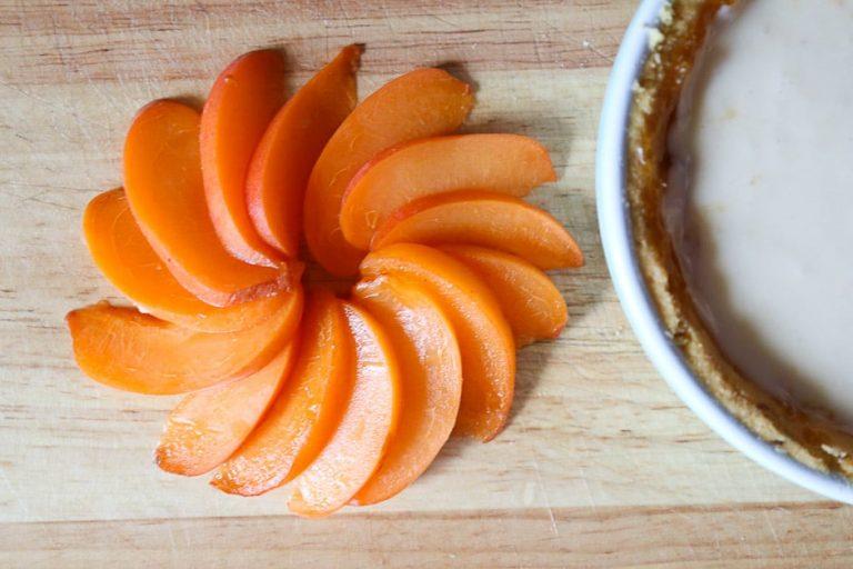 Aprikosenspalten zu Stern legen