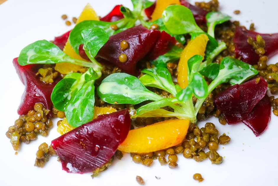Lentil Salad Simple, Recipe with Beetroot, Lamb's Lettuce and Oranges