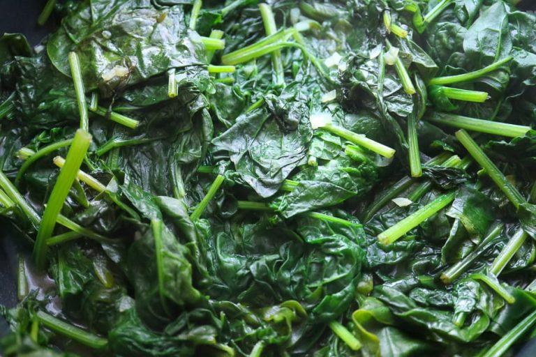 Spinat frisch gegart