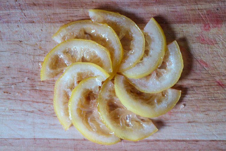 Zitronen zu Stern gelegt
