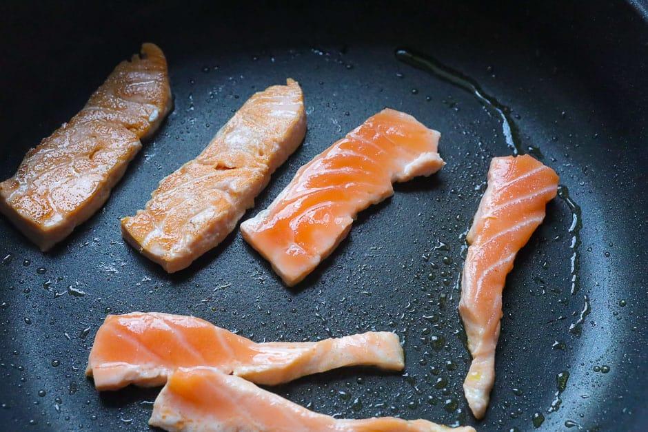 Fry salmon