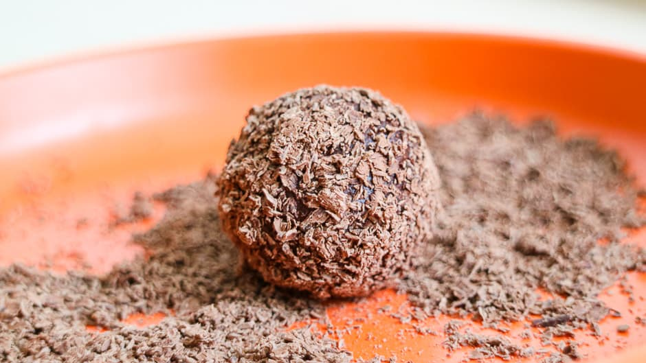 Rumkugeln in Schokoladenspäne