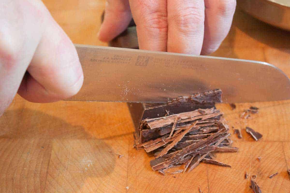 Schokolade oder kuvertüre schneiden