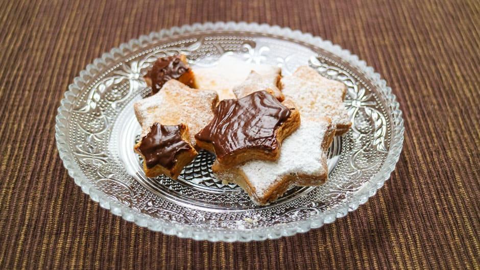 Kekse mit Schokoladenguss