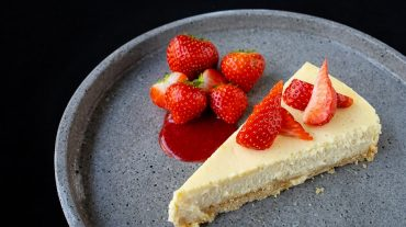 New York Cheesecake mit Erdbeeren