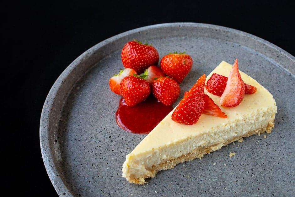 Cheesecake mit Erdbeeren Original Querformat