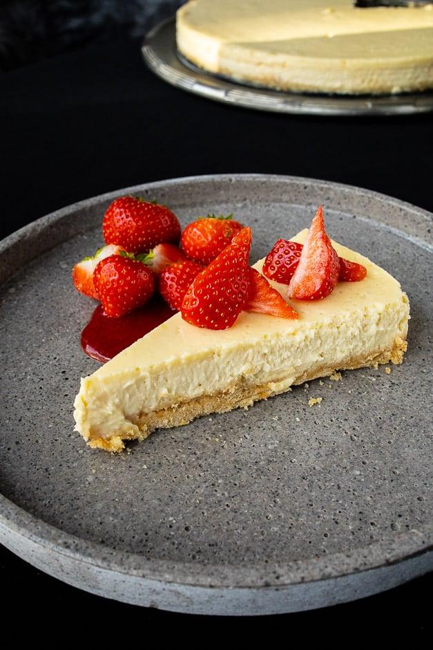 Original NY Cheesecake mit Erdbeeren