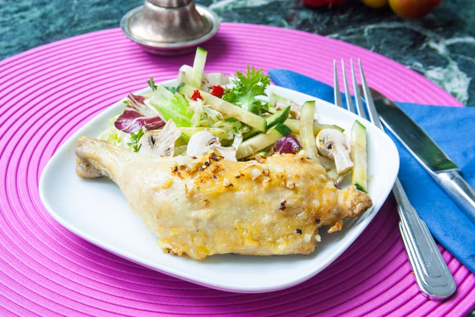 Prepare Chicken Legs in the Oven and serve with Salad as Low Carb Dish