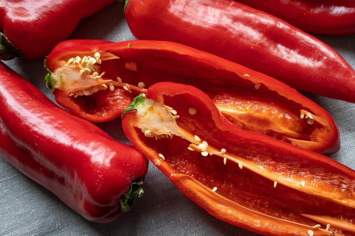 Rote Spitzpaprika