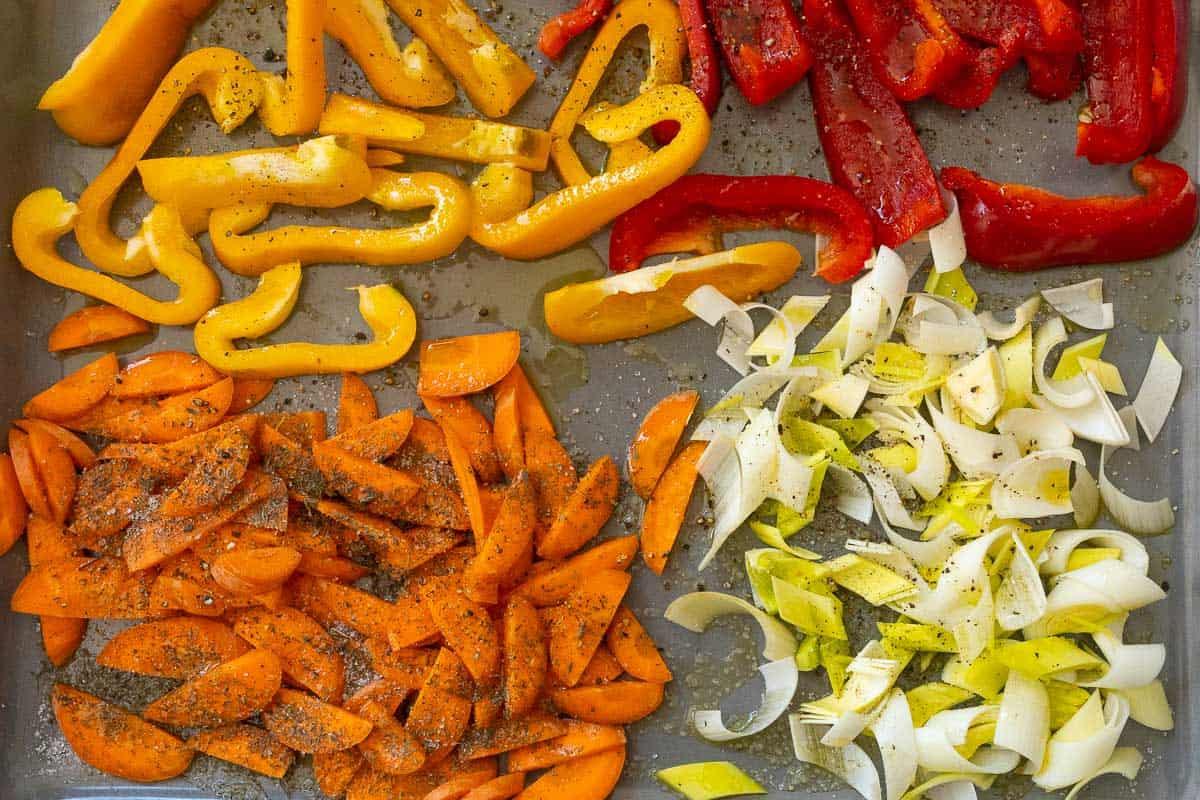 Gemüse für den Backofen geputzt und geschnitten