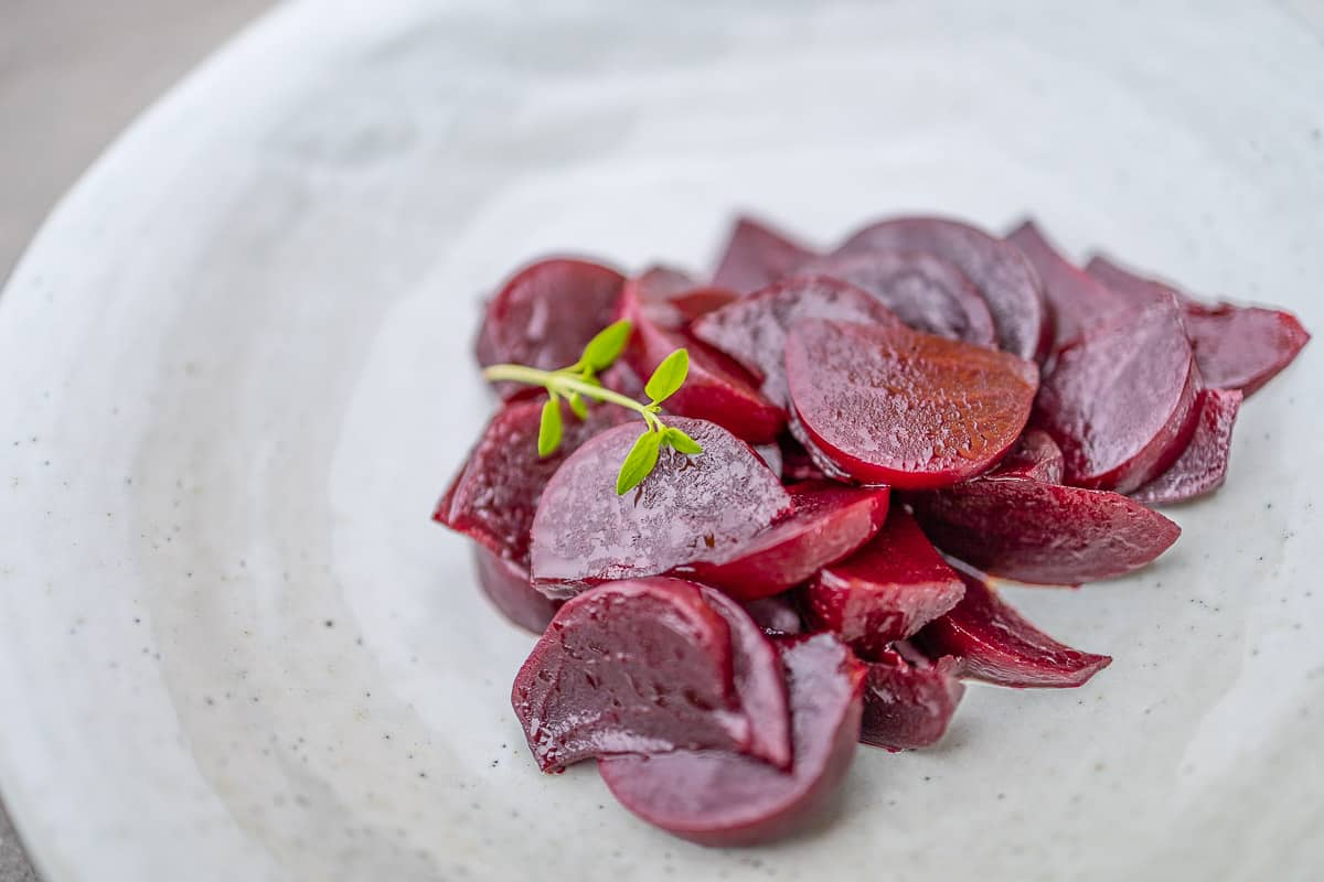 Beetroot salad with Balsamico, for Minimalists and Gourmets