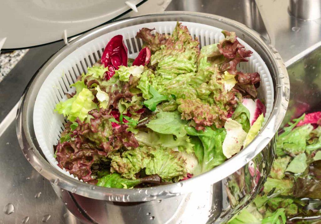Salat in der Salatschleuder