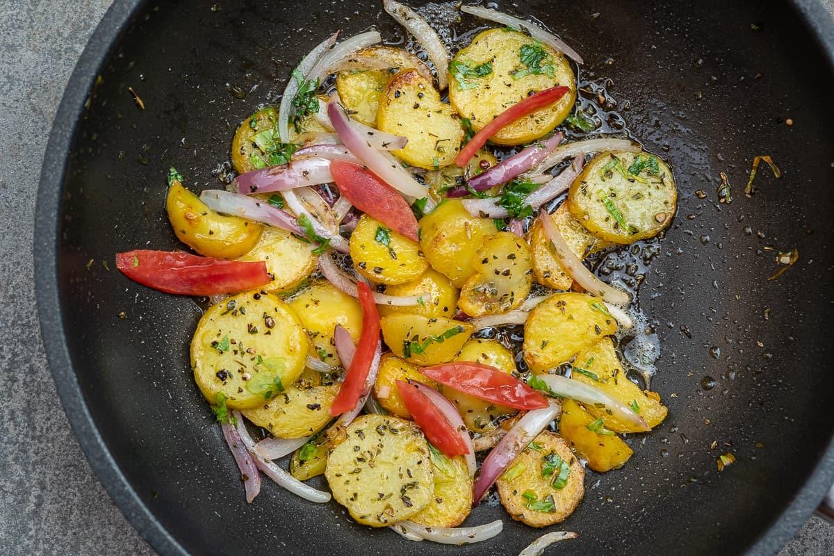 Bratkartoffeln Schritt für Schritt zubereiten, Rezept mit Chefkoch Tipps