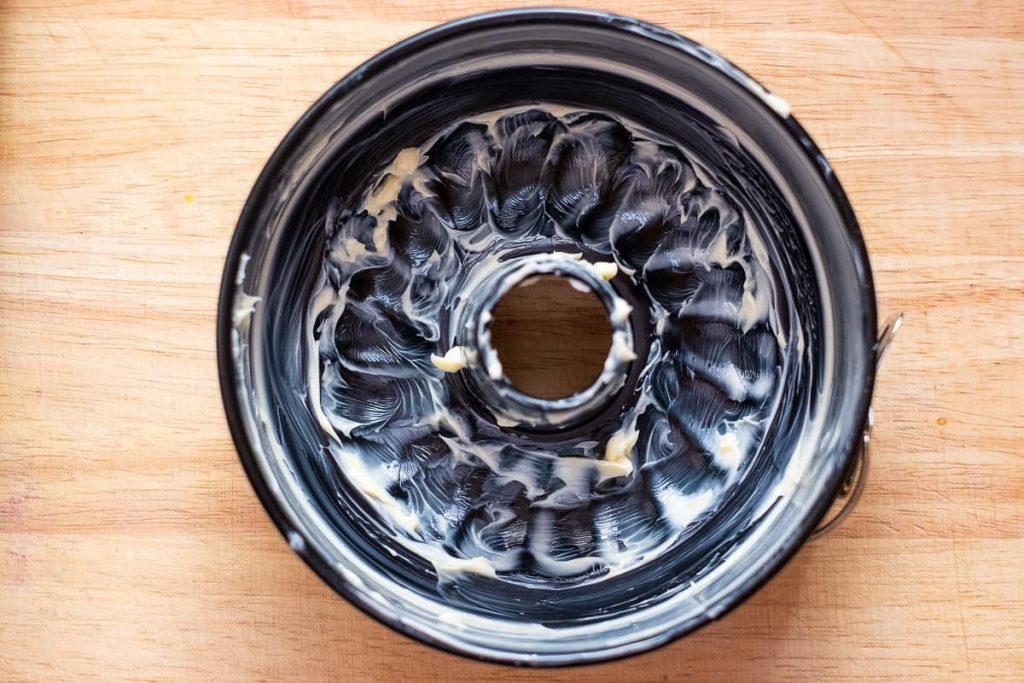 Kuchenform buttern