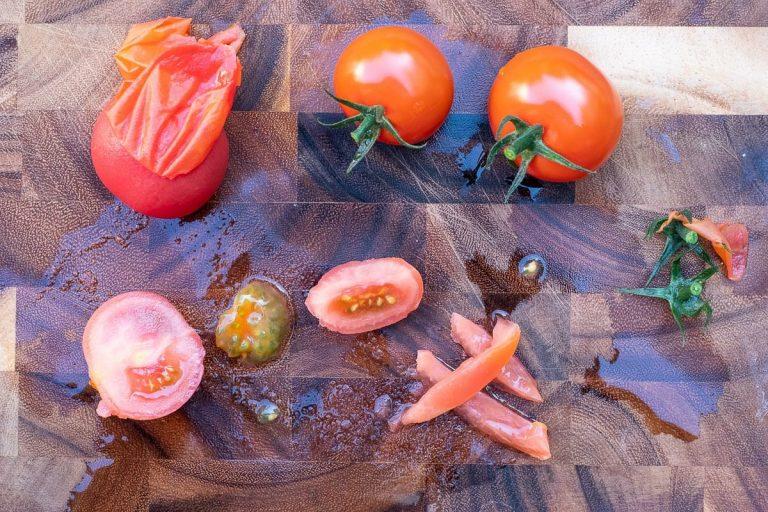 Tomatenwürfel vorbereiten