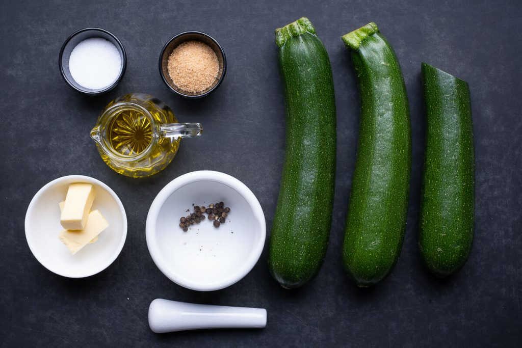 Zutaten Zucchinigemüse