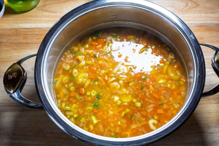 Bohnensuppe aufgekocht