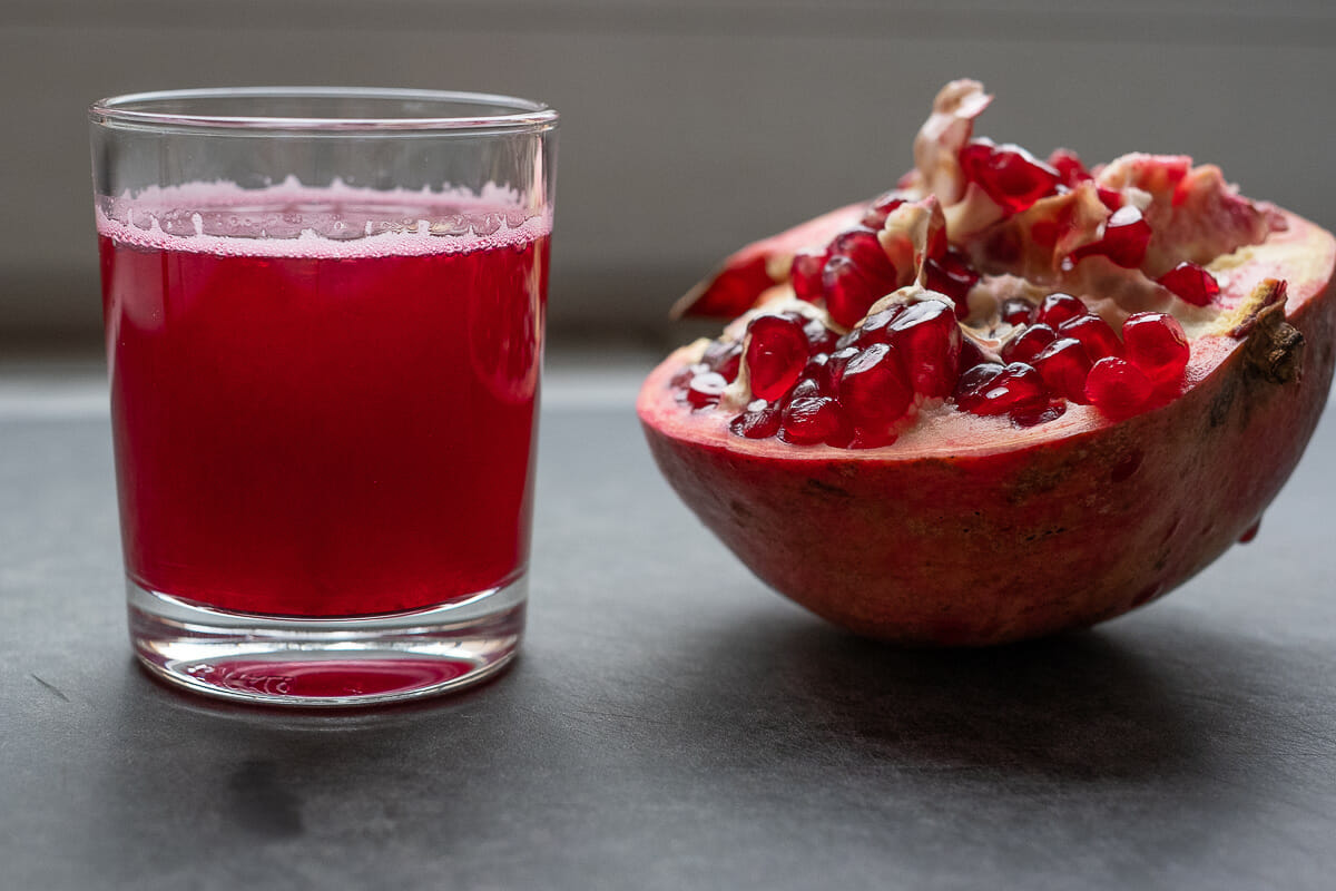 Pomegranate Juice – How to extract the delicious Juice from the Pomegranate